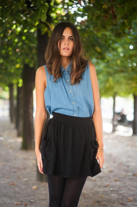 Aude et sa jupe noire