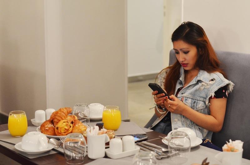 breakfast_time_lyric_hotel_paris