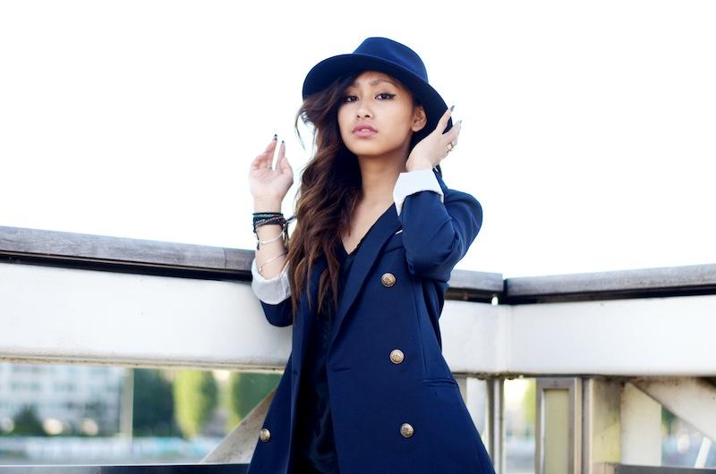 blue jacket fashion blog